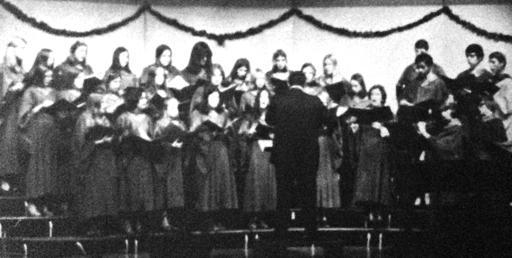 RFH Freshman Chorus in 1976. Photo/RFH yearbook screenshot