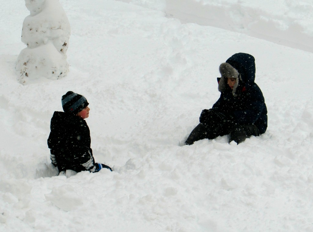 Snow angels in training take time to chat and play. Photo/Elaine Van Develde