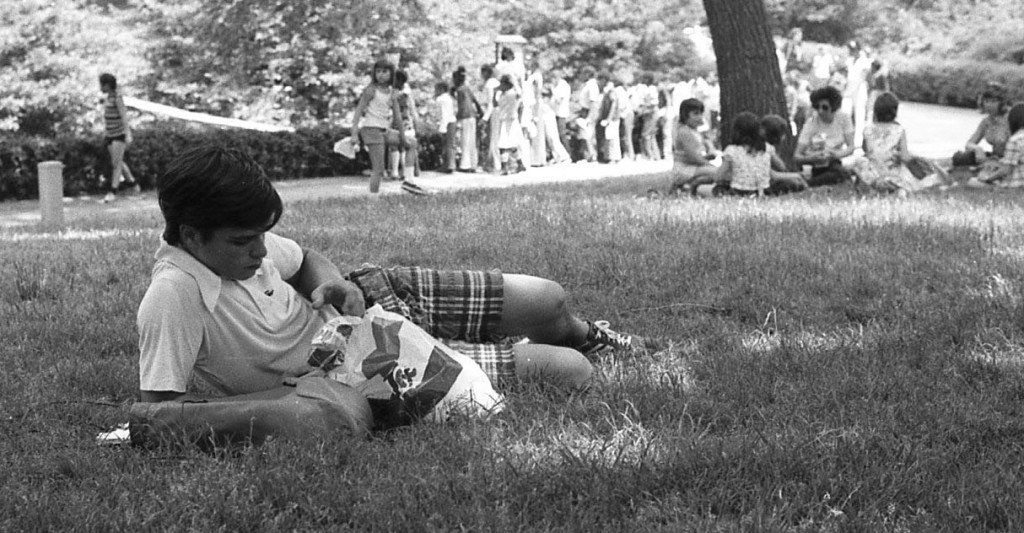 RFH spring lounging and fashion of the 1970s — John Brinkerhoff Photo/George Day